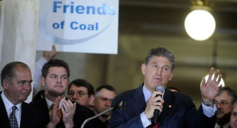 110203_joemanchin_coalrally_ap_328