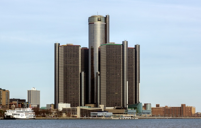 Renaissance_Center,_Detroit,_Michigan_from_SW_2014-12-07