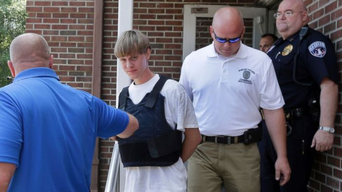 ap_dylann_roof_walk_kb_150618_16x9_992